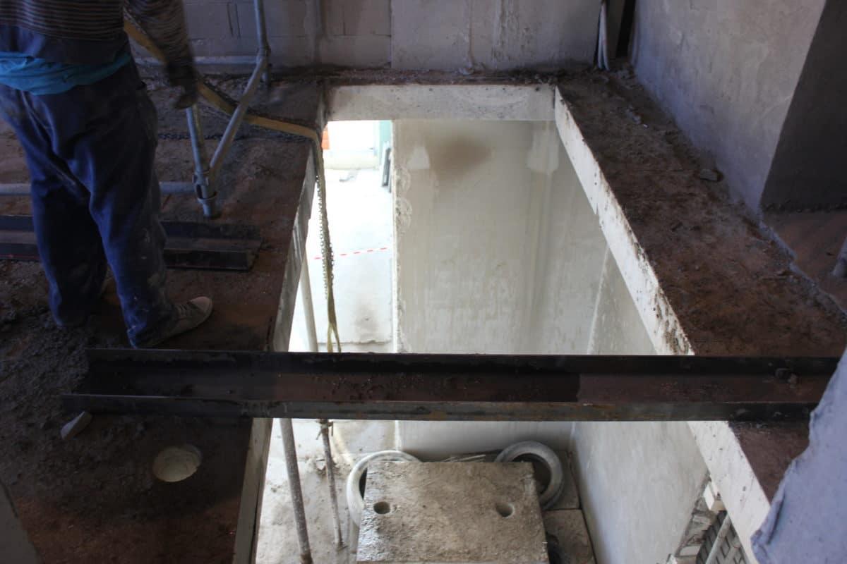 Алмазная резка проема в перекрытии, фото